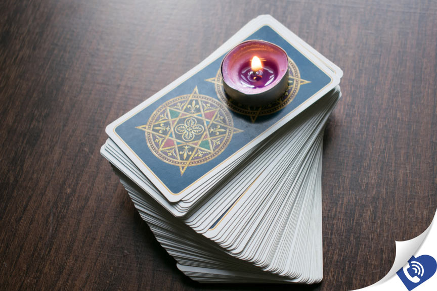 5 Ways to read the Tarot
